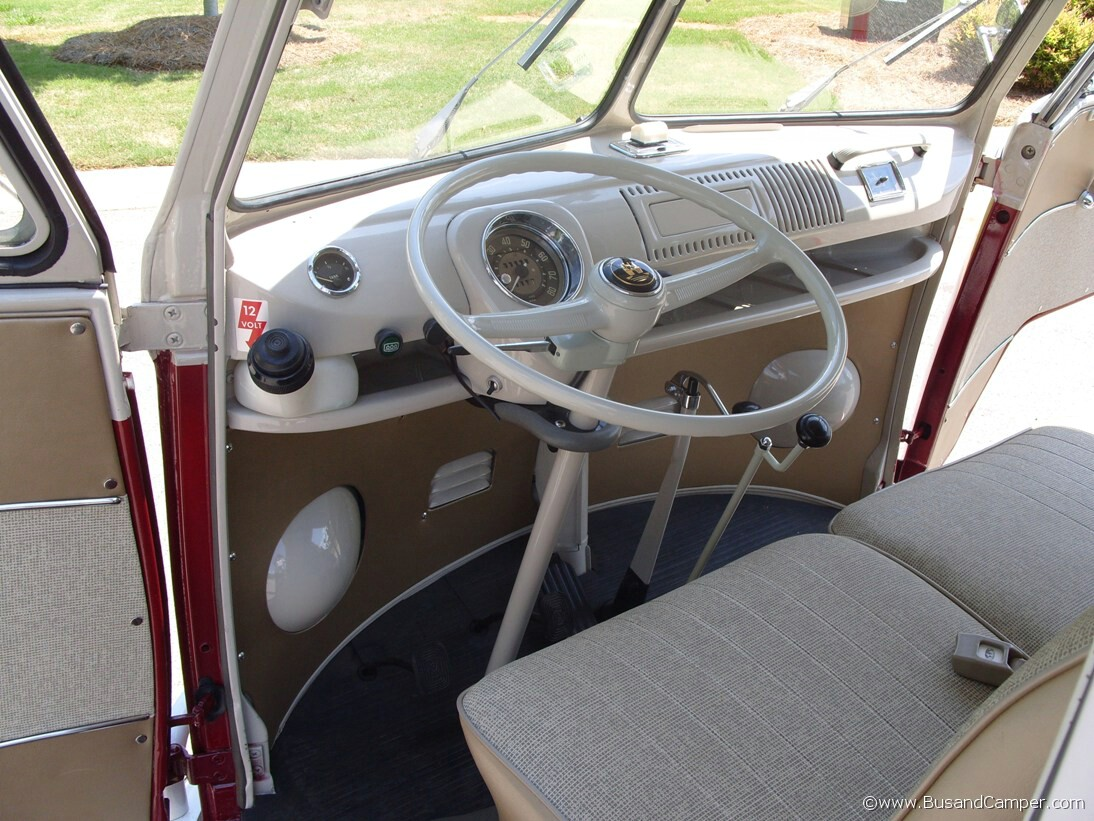 VW Camper 1967 Deluxe Bus - interior detailed pictures | Bus and