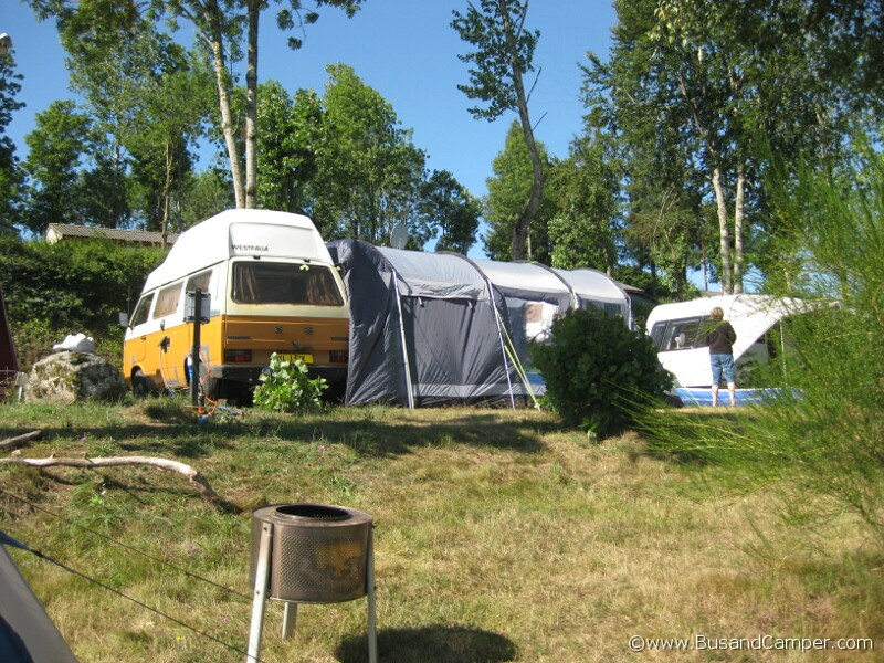 tunnel tent on the side of our c&er & VW T25 Westfalia Joker | Bus and Camper