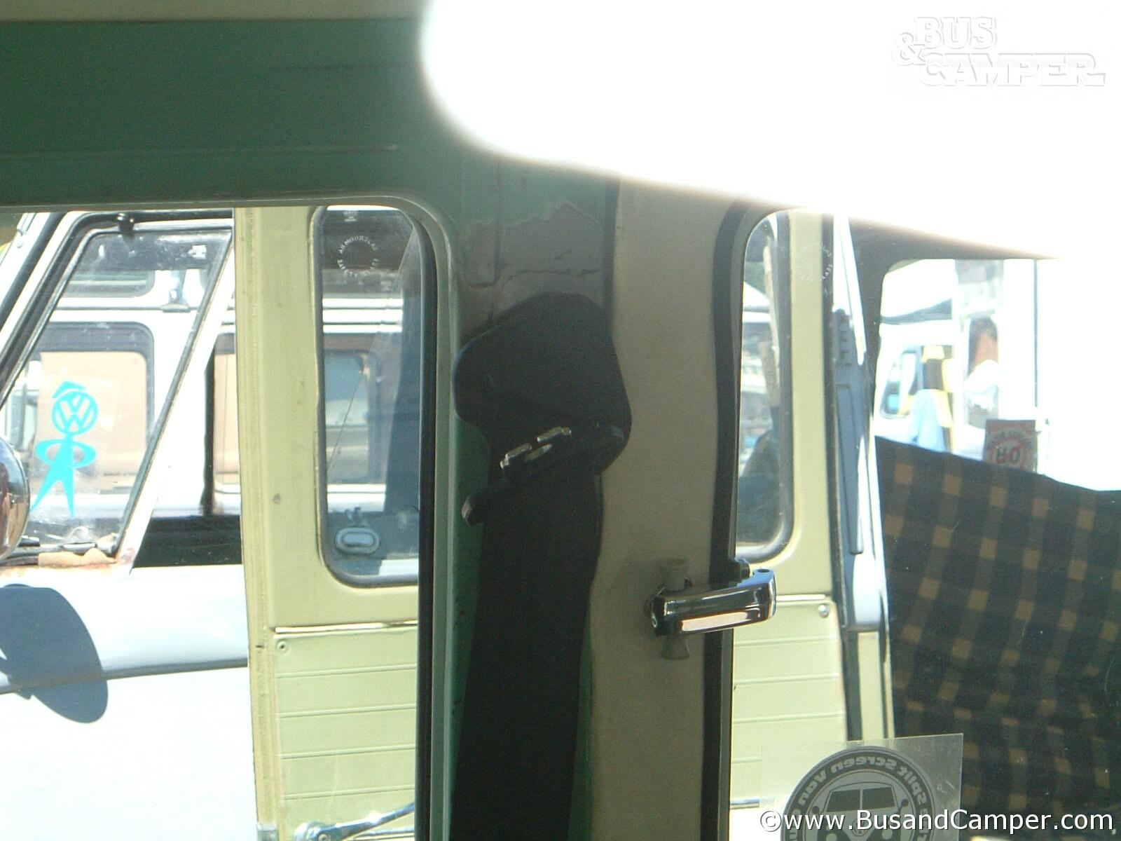 Interior B post