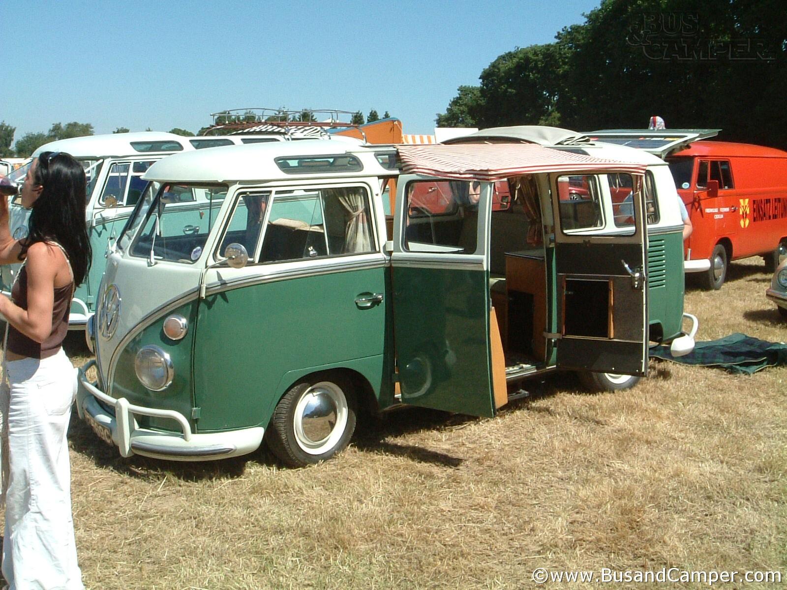 RHD Camper Velvet Green