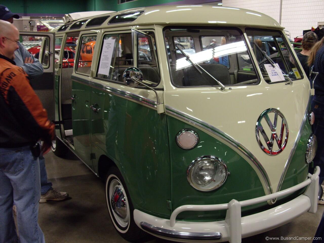 Velvet green 21w