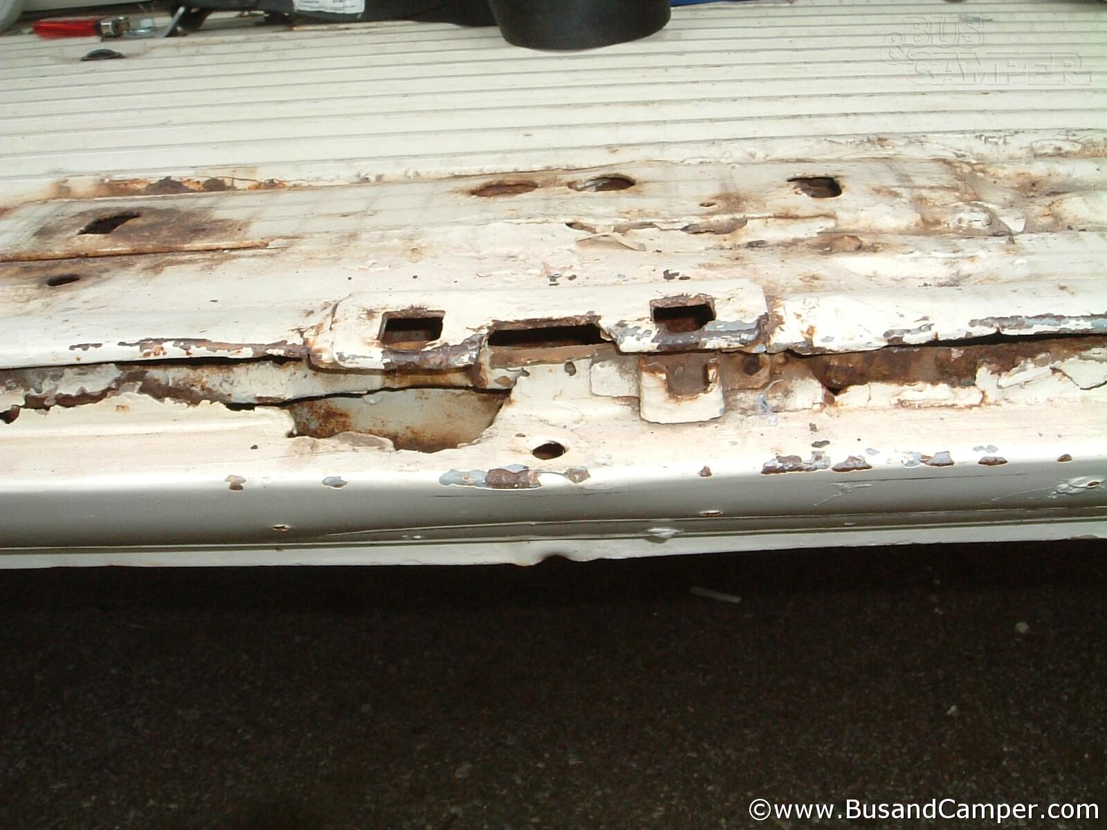 Cargo Door Latch Plate