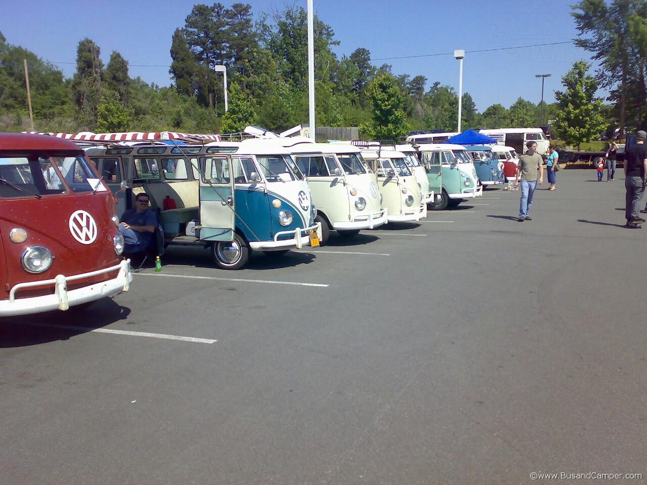 Split Screen Bus line up