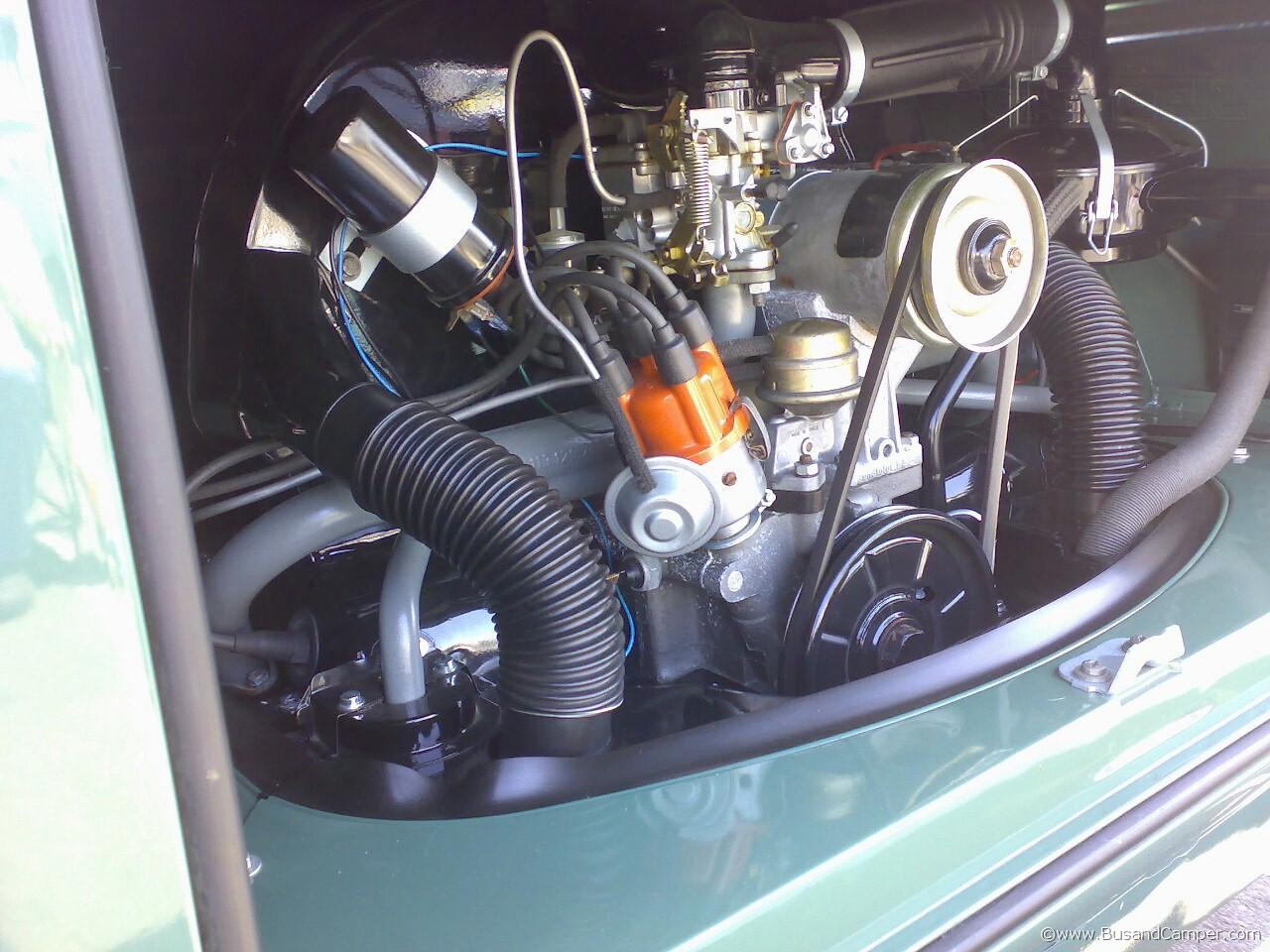 Velvet green Camper engine