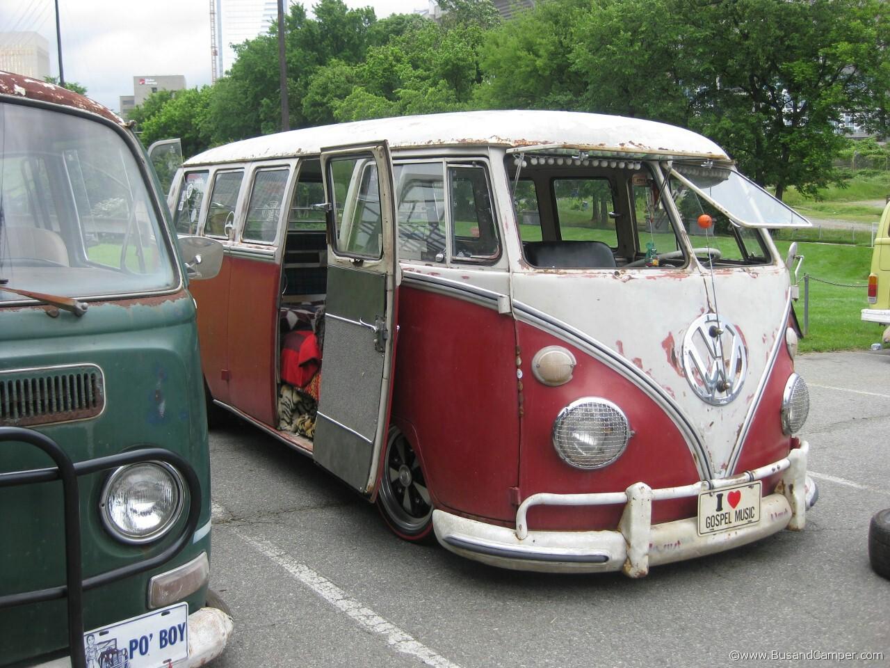 Gospel music rat bus