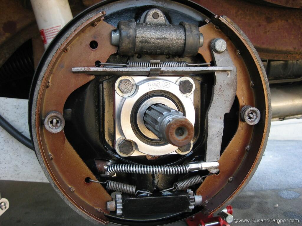 Straight_axle_bearing _cap_1
