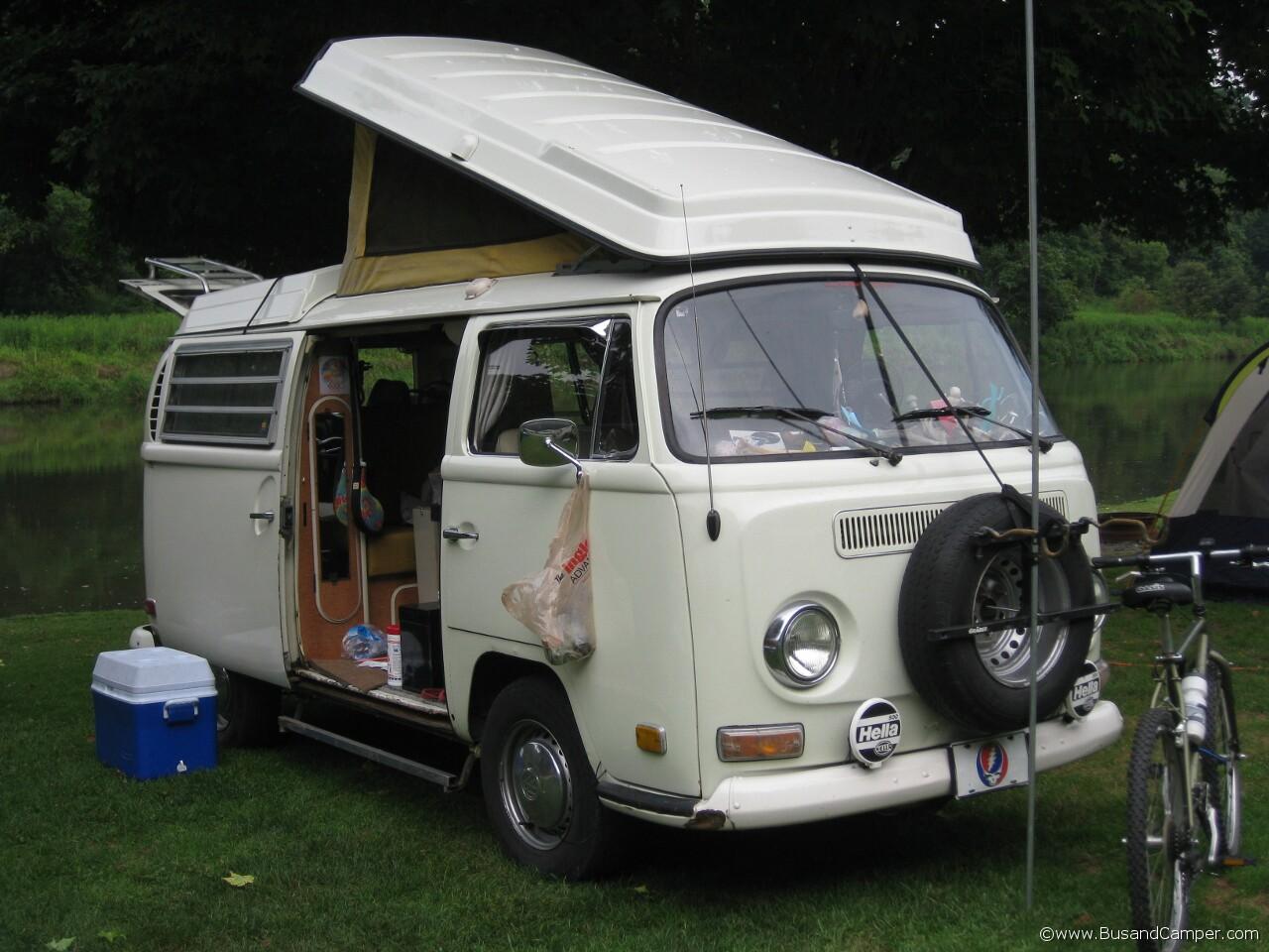 Slaymakers Moonie Bus