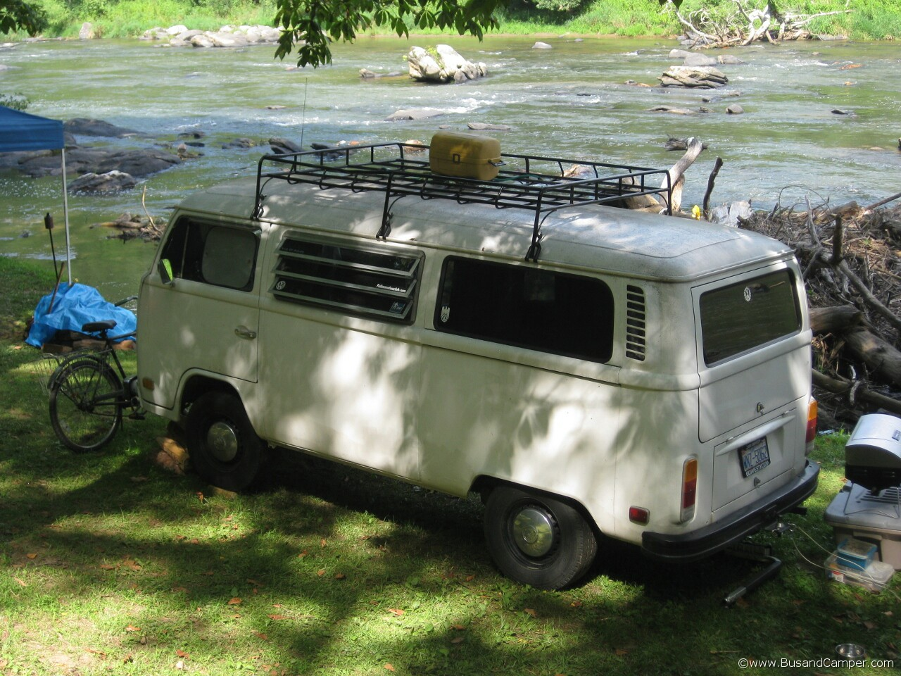 Tin Top Bay with Roof Rack